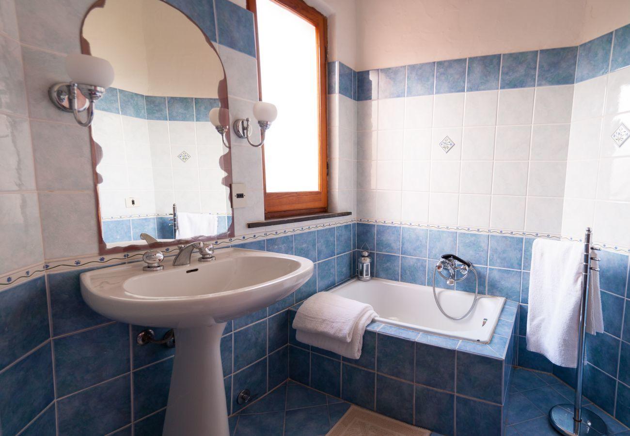 Villetta a Olbia - Klodge   Villa Bados 6: 8 ospiti 150 metri spiaggia Bados