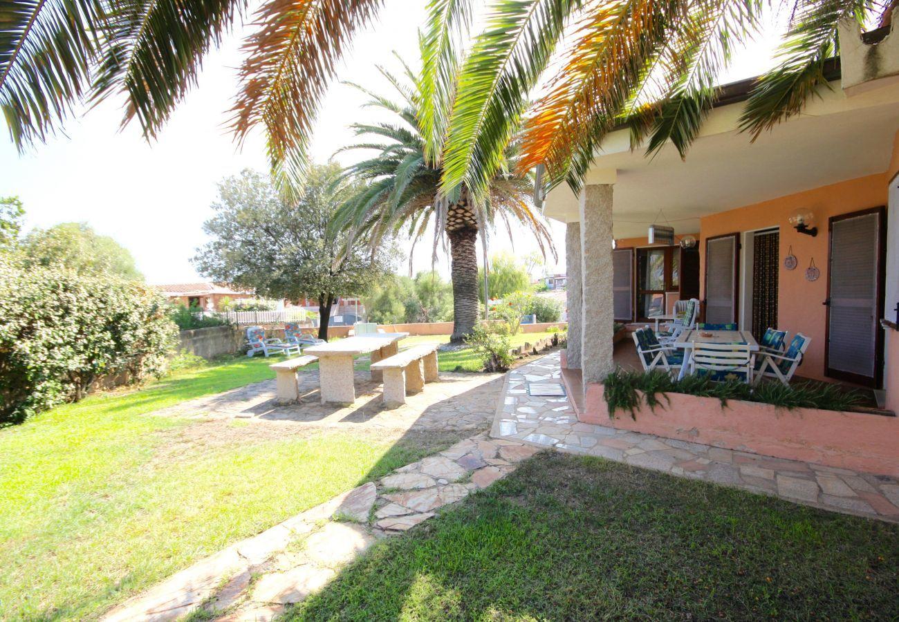 Chalet in Olbia - Klodge   Villa Le Palme: villa 9 Gäste, 400mt Bados Strand