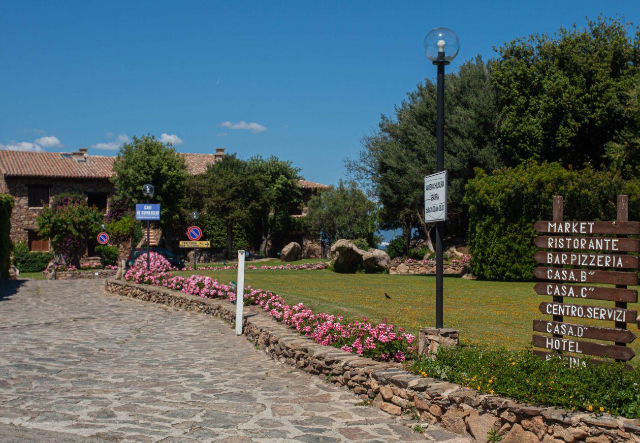 Chalet in Olbia - Klodge   Cuncheddi 9/3: freistehende Villa mit Pool und Tennis
