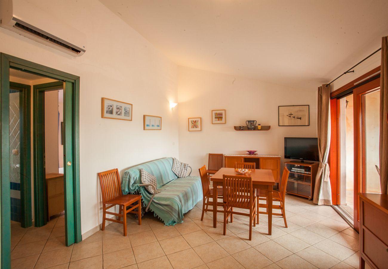 Apartment in Olbia - Maestrale Flat - panoramic view, 150mt Pittulongu beach | Klodge