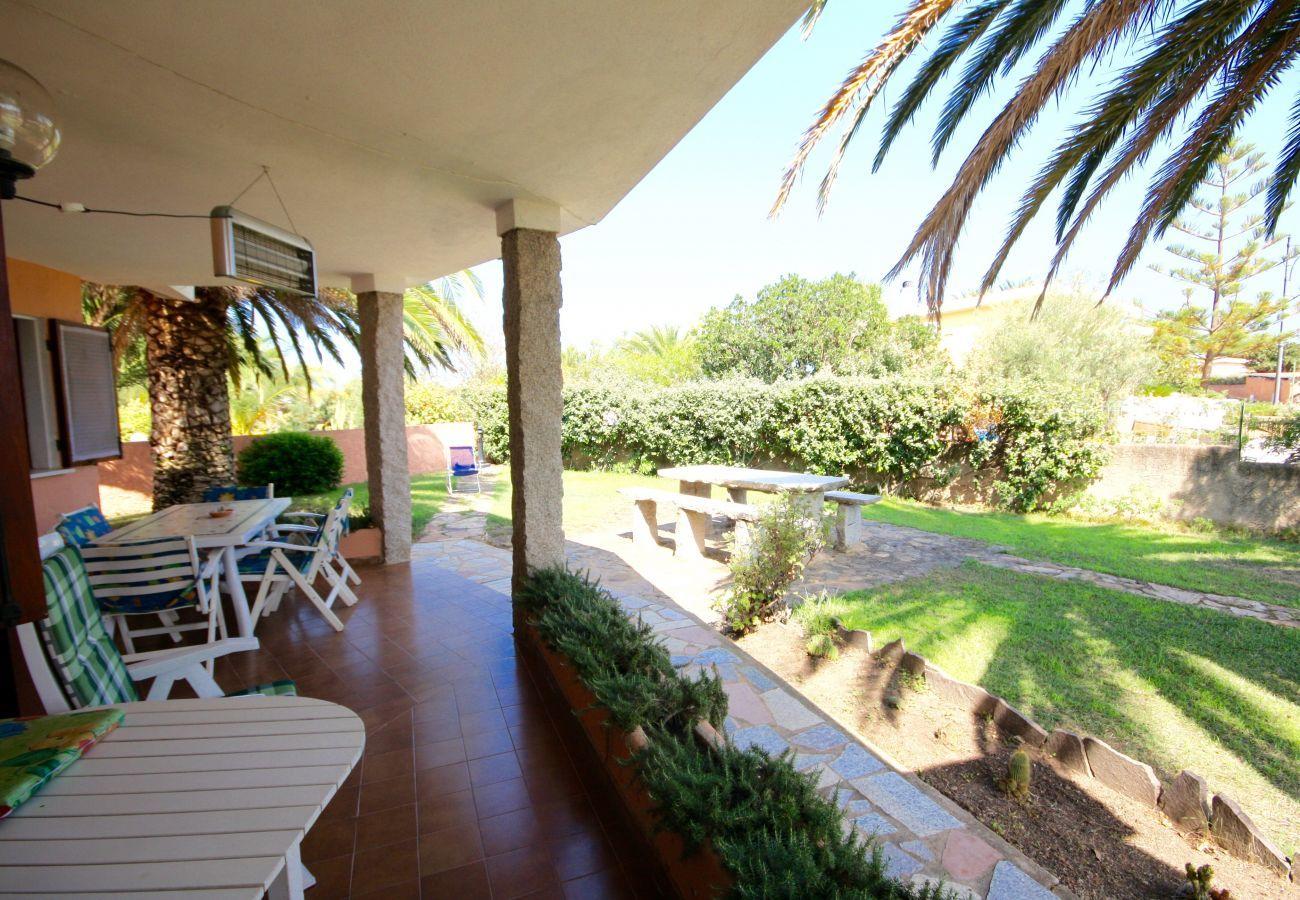 Chalet in Olbia - Klodge   Villa Le Palme: villa 9 guests, 400mt Bados beach