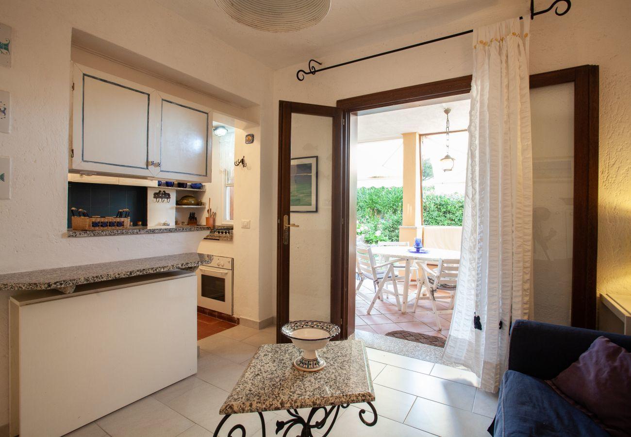 Apartment in Golfo Aranci - Baia de Bahas Garden - 4 guests, beach 50mt and restaurant | Klodge