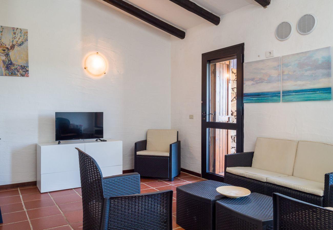 Apartment in Porto Rotondo - Caletta 10: 4 guests, swimming pool, tennis court   Klodge