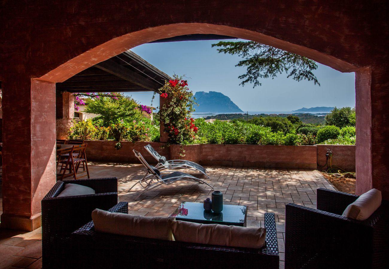 Villa in Olbia - Klodge | Villa Kalè in Costa Corallina: 6 sleeps, wifi, view