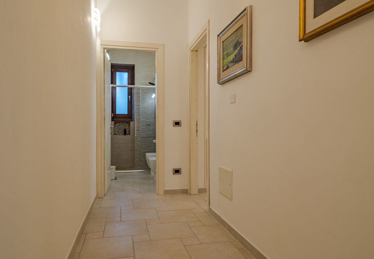Apartment in Olbia - Tilibbas Bay Flat - city center, free wifi, 4 guests   Klodge