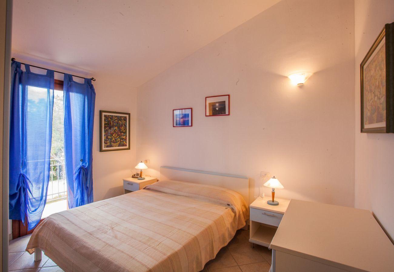 Appartement à Olbia - Maestrale Flat - vue panoramique, 150m de plage Pittulongu   Klodge