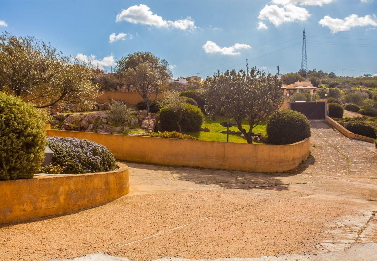 Villa à Porto San Paolo - Klodge   Villa Alberto: vue unique sur Tavolara, wifi, jardin