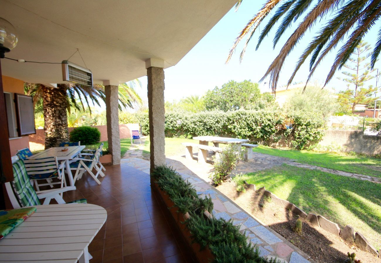 Chalet à Olbia - Klodge   Villa Le Palme: villa 9 personnes, 400mt plage de Bados