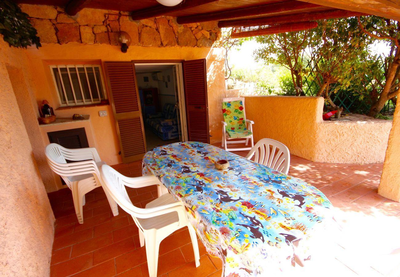 Appartement à Olbia - Klodge   Trilo Le Palme: appartement 6 personnes à 400m de la plage de Bados